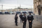 Vieux port, 11 camions de CRS partis à 9h20, Marseille, le 5 décembre 2019.