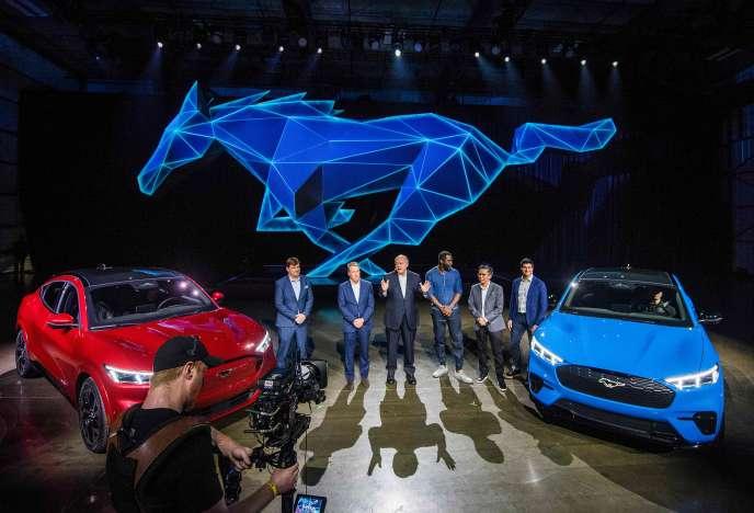 Lors de la présentation de la Ford Mustang Mach-E, première voiture 100 % électrique de l'histoire de la marque, à Hawthorne (Californie), le 17 novembre.
