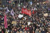 «Dans quelle direction va ce pays?» A Rennes, une foule dense et bigarrée dans la rue pour le 5décembre