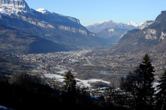 Vue sur Annemasse et la vallée d'Arve (Haute-Savoie), en janvier 2015.
