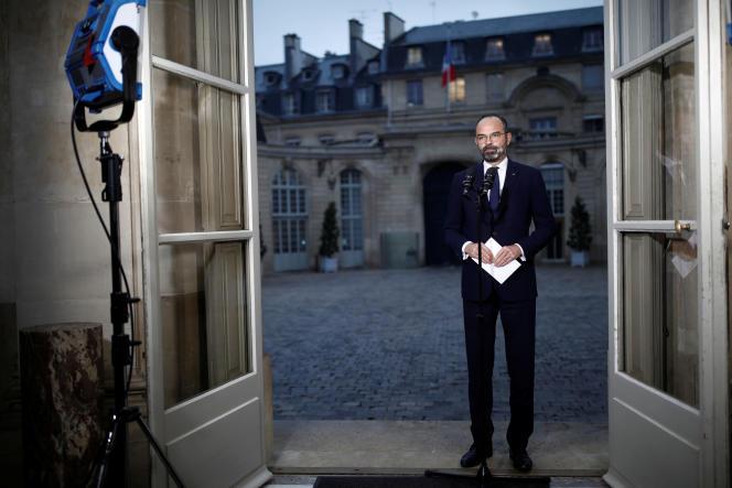 Le premier ministre, Edouard Philippe, lors d'une déclaration à l'hôtel de Matignon, à Paris, le 6décembre.