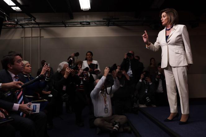 La speaker de la Chambre des représentants, Nancy Pelosi, lors de sa conférence de presse hebdomadaire à Washington, le 5 décembre.