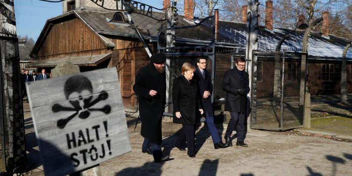 Angela Merkel en déplacement à Auschwitz, une première