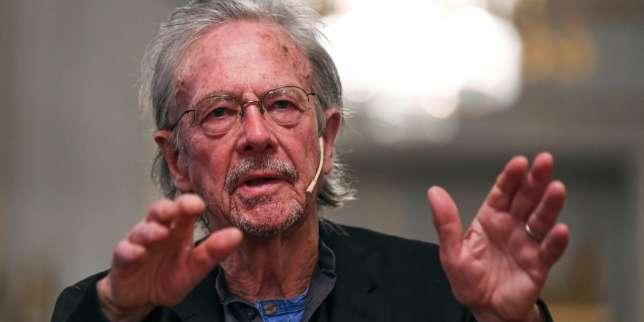 Le Prix Nobel de littérature Peter Handke esquive la polémique sur ses positions pro-Serbes