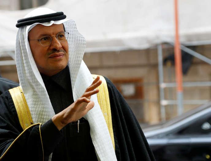 Le nouveau ministre saoudien de l'énergie, le prince Abdelaziz Ben Salman, au sommet de l'OPEP à Vienne, le 5 décembre.