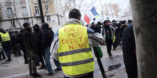 Un an après, les «gilets jaunes» ont-ils fait dévier Macron de son programme?
