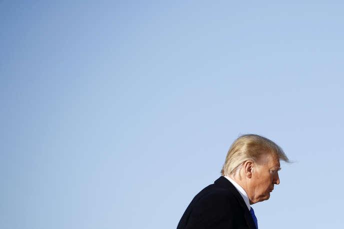 Le président Trump en route vers la Floride, le 7 décembre.