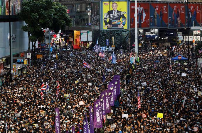 Les manifestants à Hongkong le 8 décembre.
