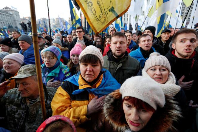 Manifestation de soutien au président Volodymyr Zelensky, à Kiev, le 8 décembre.