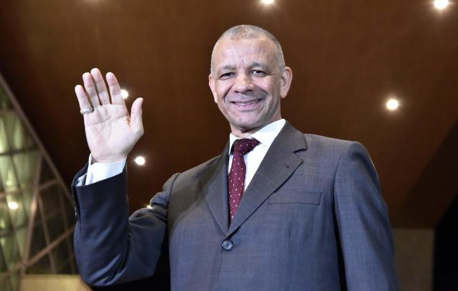 Abdelkader Bengrina, 57 ans, ancien ministre du tourisme, est le leader d'un petit parti, Al-Bina Al-Watani (la construction nationale). A Alger, le 6 décembre.