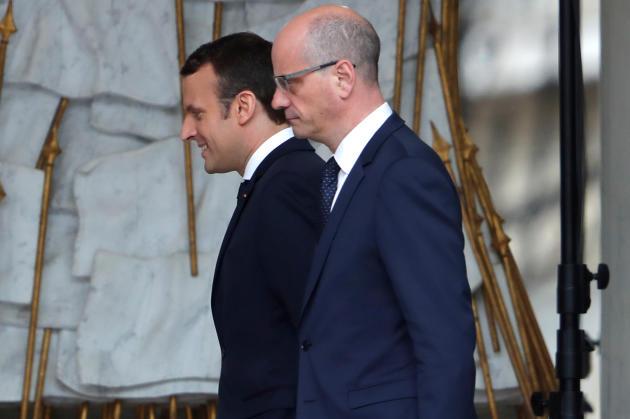 Emmanuel Macron etJean-Michel Blanquer à l'Elysée, le 18 mai 2017.