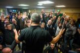 Réunion intersyndicale des employés de la RATP pour voter la reconduction de la grève, au métro Nation à Paris, le 9 décembre.