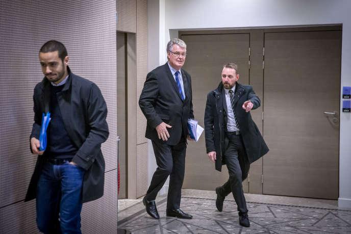 Jean-Paul Delevoye, au ministère de la santé à Paris, le 9 décembre.