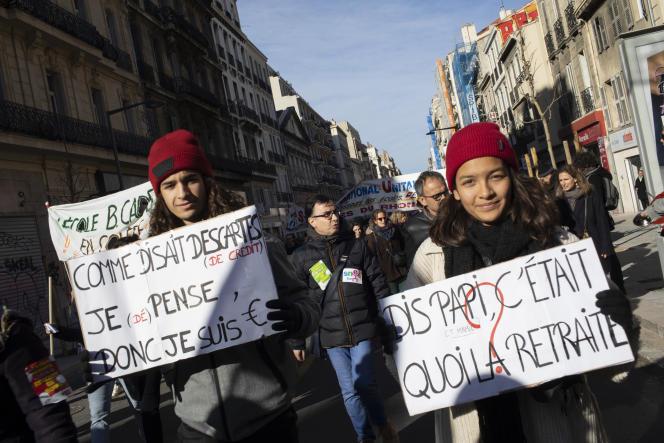 Manifestation contre la réforme des retraites, à Marseille, le 10 décembre 2019.