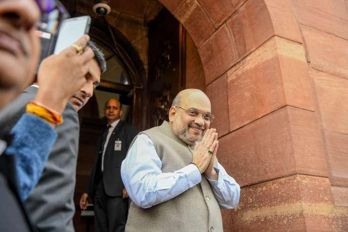 Le ministre de l'intérieur indien, Amit Shah, à son arrivée au Parlement, à New Delhi, le 10 décembre.