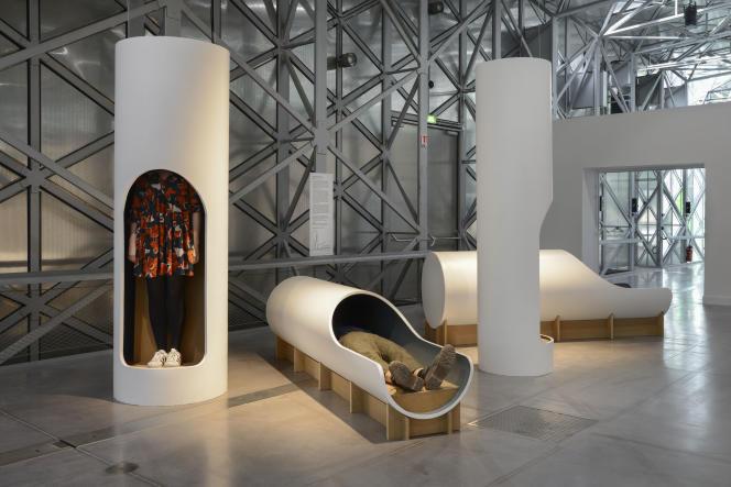 À la biennale du design à Saint Etienne, des capsules d'écoute.