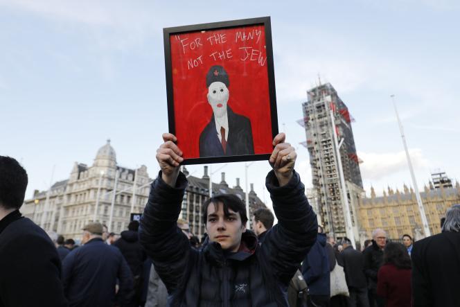 Lors d'une manifestation dénonçant l'antisémitisme au sein du Parti travailliste, en mars 2018 à Londres.