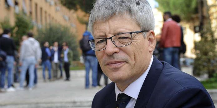 Olivier Beaud : « Lorsque la République est menacée, il faut la défendre »