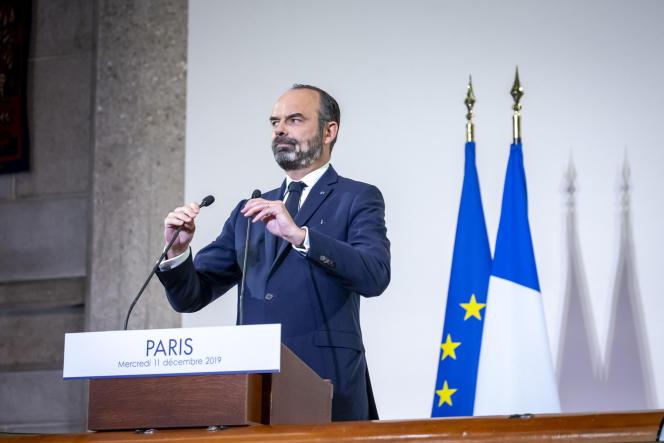 Edouard Philippedétaille le calendrier de la future réforme des retraites devant le CESE, à Paris, le 11 décembre.