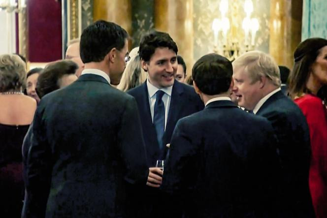 Le Néerlandais Mark Rutte, la princesse Anne, Justin Trudeau, Emmanuel Macron etBoris Johnson le3décembre, à Buckingham Palace.