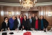 Les membres de l'Académie Goncourt chez Drouant, à Paris, pour le déjeuner d'adieu de Bernard Pivot.