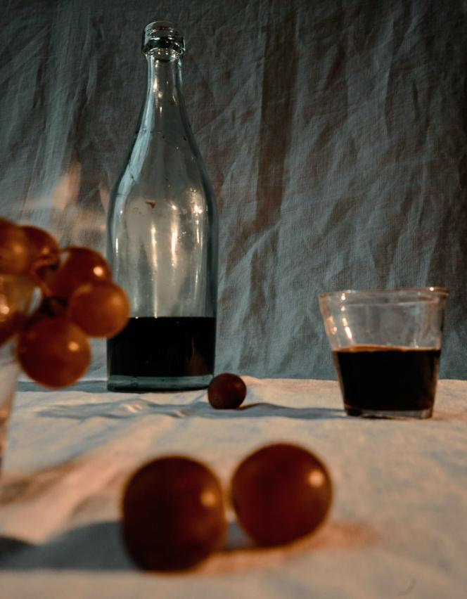 Vin et raisins.