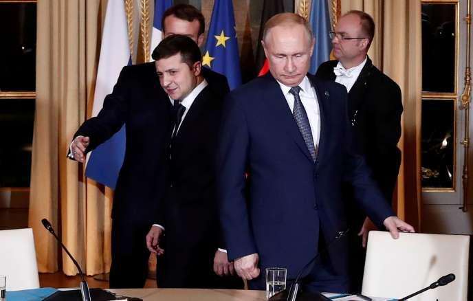 Emmanuel Macron, Vladimir Poutine et Volodymyr Zelenskiy, à l'Elysée, à Paris, le 9 décembre 2019.