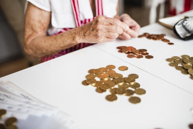 Les frais engendrés par les découverts pénalisent tous les consommateurs, y compris ceux qui ne sont pas en situation de fragilité financière.