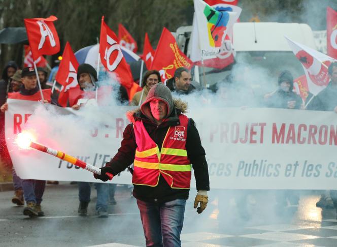 Manifestation contre la réforme des retraites à Bayonne, le 12 décembre.