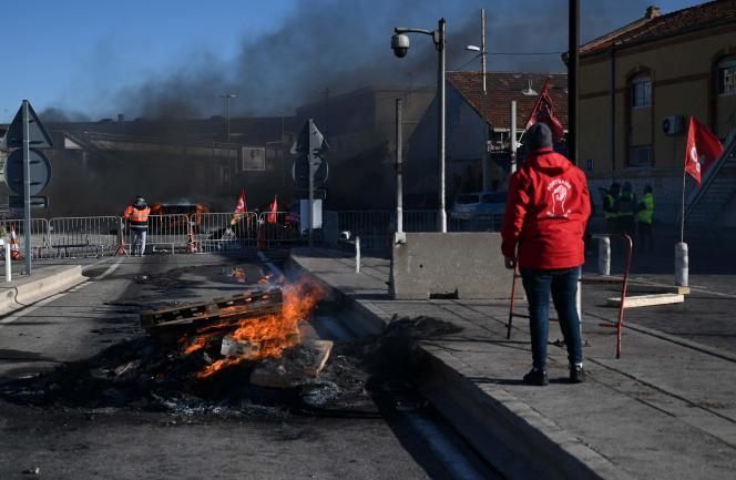 Blocage du port de Marseille, le 12 décembre.