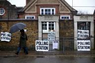 Elections générales au Royaume-Uni, le 12 décembre.