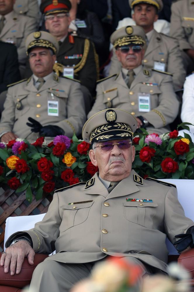 Le général d'état-major de l'armée algérienneAhmed Gaïd Salah est mort le 23 décembre 2019.