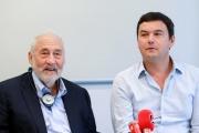 Joseph Stiglitz et Thomas Piketty, en septembre 2019.