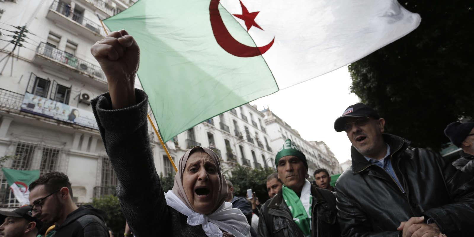 Manifestation à Alger, vendredi 13 décembre.