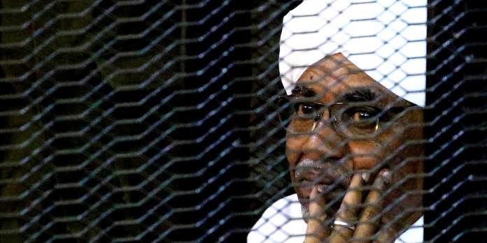 Au Soudan, première condamnation en justice pour le président déchu Omar Al-Bachir