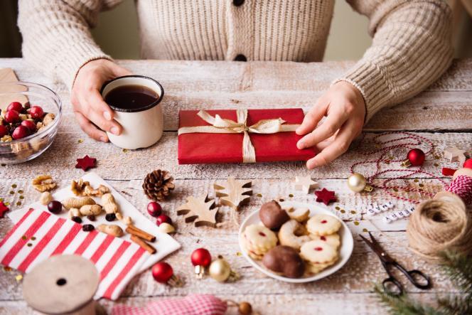 Le dernier« caf' contes» de l'année 2019, dimanche 15 décembre, avait pour thème«Les cadeaux dans les contes».