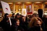 Manifestation d'employés de Radio France contre le plan d'économies et de réductions d'effectifs, à Paris, le 29 novembre.