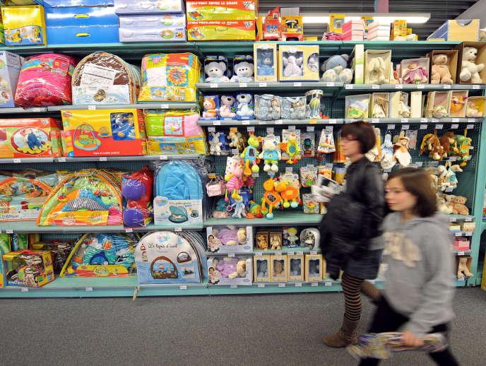 Dans un magasin La Grande Récré, à Bruay-la-Buissiere (Pas-de-Calais), en 2010.