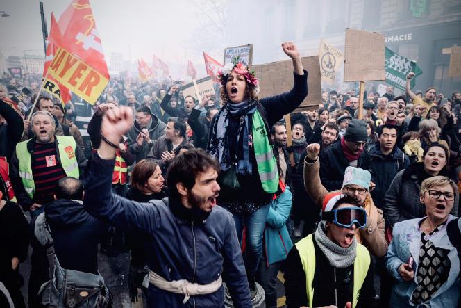 Manifestation contre la réforme des retraites à Lyon, le 17 décembre.