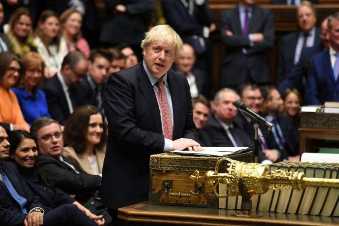 Boris Johnson à la Chambre des communes, à Londres le 17 décembre.