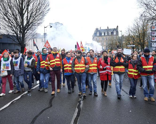 Manifestation contre la réforme des retraites à Rennes, le 17 décembre 2019.