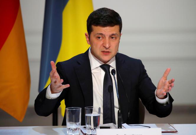 « L'Ukraine a signé un contrat de transit pour cinq ans », a annoncé sur Facebook le président ukrainien, Volodymyr Zelensky.