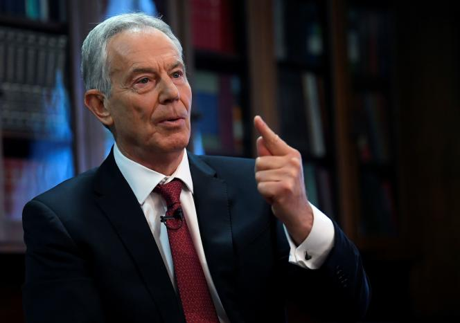 « La prise de contrôle du Labour par l'extrême gauche a transformé le parti en mouvement de protestation idéalisé aux allures de culte, totalement incapable de former un gouvernement crédible », a déclaré Tony Blair.