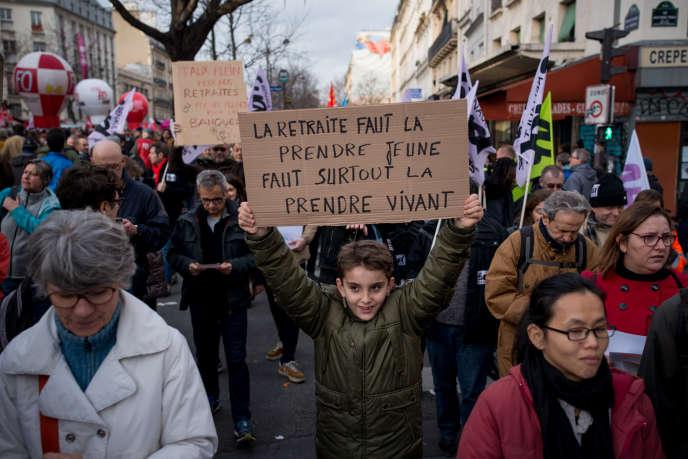 Manifestation au départ de la place de la République à Paris, le 17 décembre.