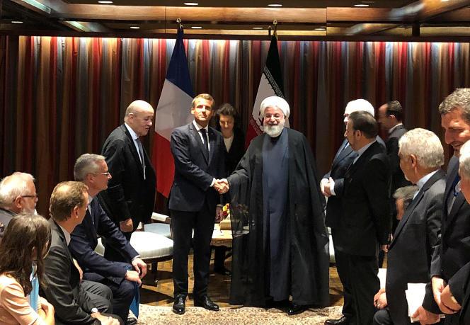 Emmanuel Macron et son homologue iranien, Hassan Rohani, au siège des Nations unies, à New York, le 23 septembre.