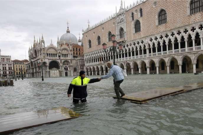 Venise a connu au mois de novembre sa pire montée des eaux depuis plus de cinquante ans.