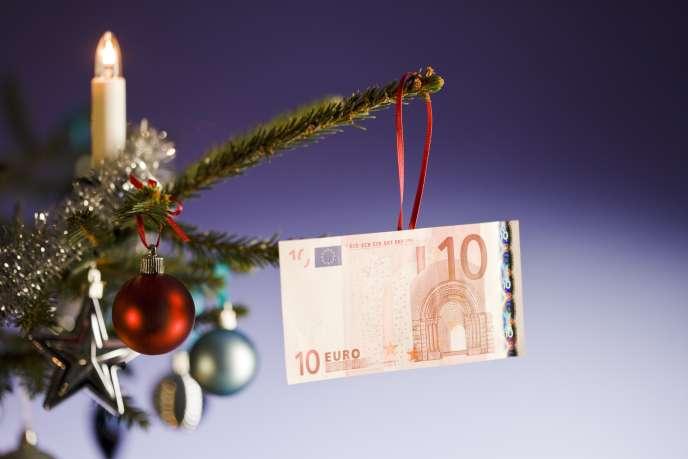 Si leur montant n'est pas excessif, les cadeaux faits à Noël ou au Jour de l'an sont des « présents d'usage », de même que les cadeaux d'anniversaire ou de mariage.