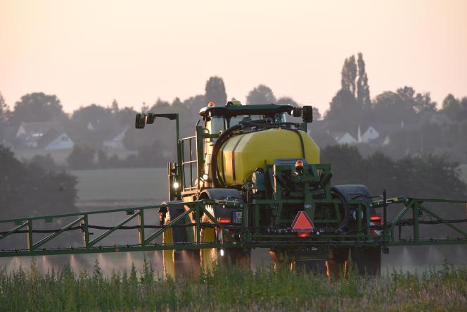 Les pesticides ne contaminent pas seulement les aliments, ils sont aussi présents dans l'air.