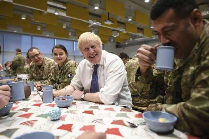 Boris Johnson en Estonie, le 21 décembre 2019.