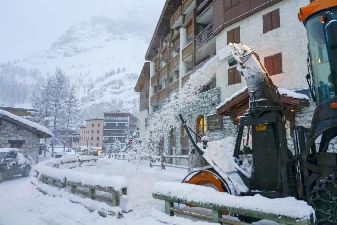 A Val d'Isère les prix peuvent atteindre 30 000 euros au m2 pour du neuf.